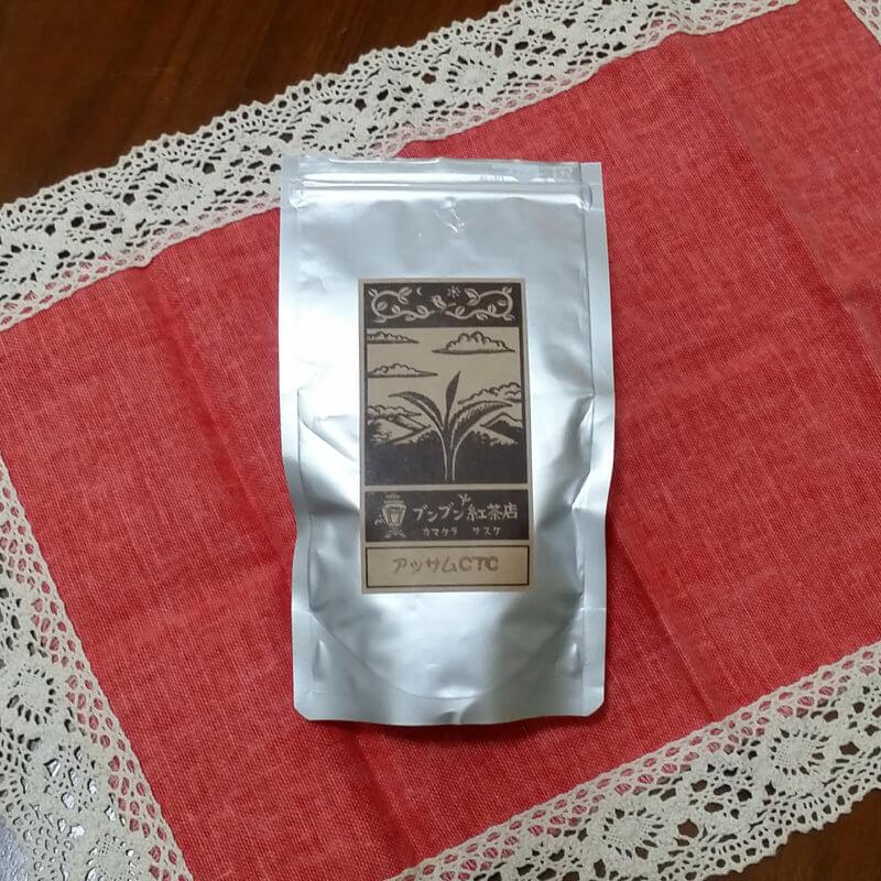 ブンブン紅茶店のアッサムCTC パッケージ