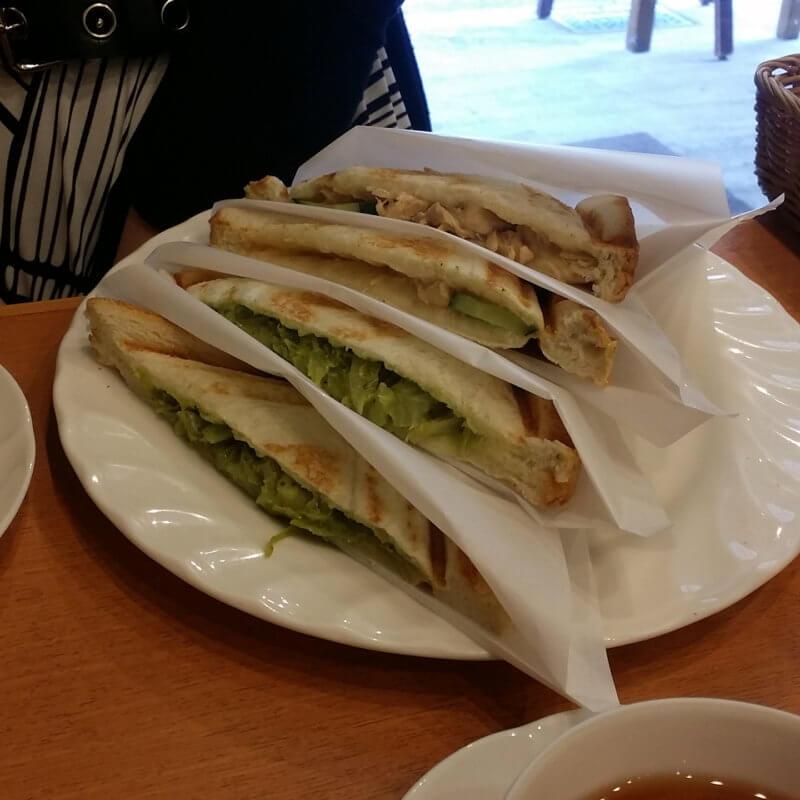 青山ティーファクトリー ホットサンドイッチ