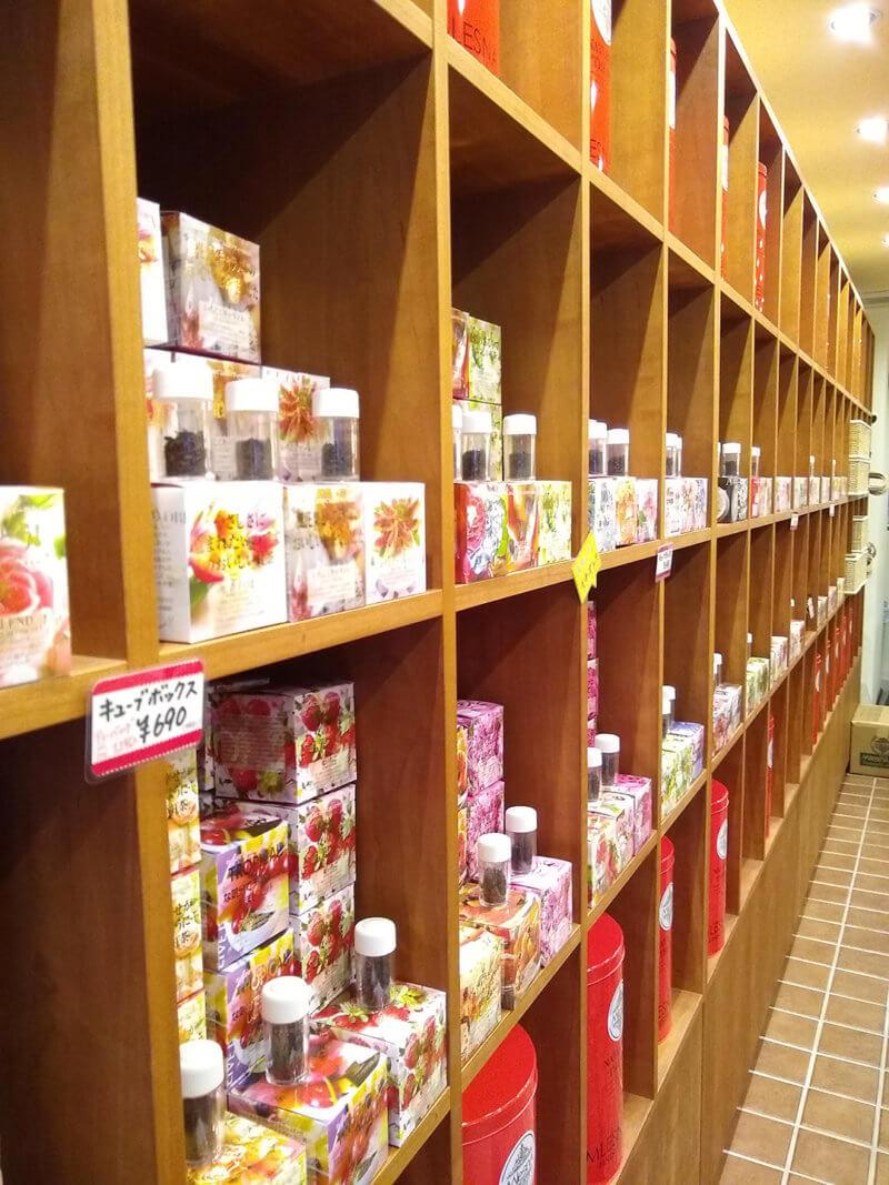 The Tee Tokyo 商品棚