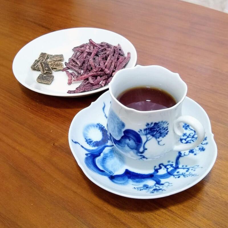 沖縄ティーファクトリーのサンセットヌーボー 沖縄のお菓子と合わせて