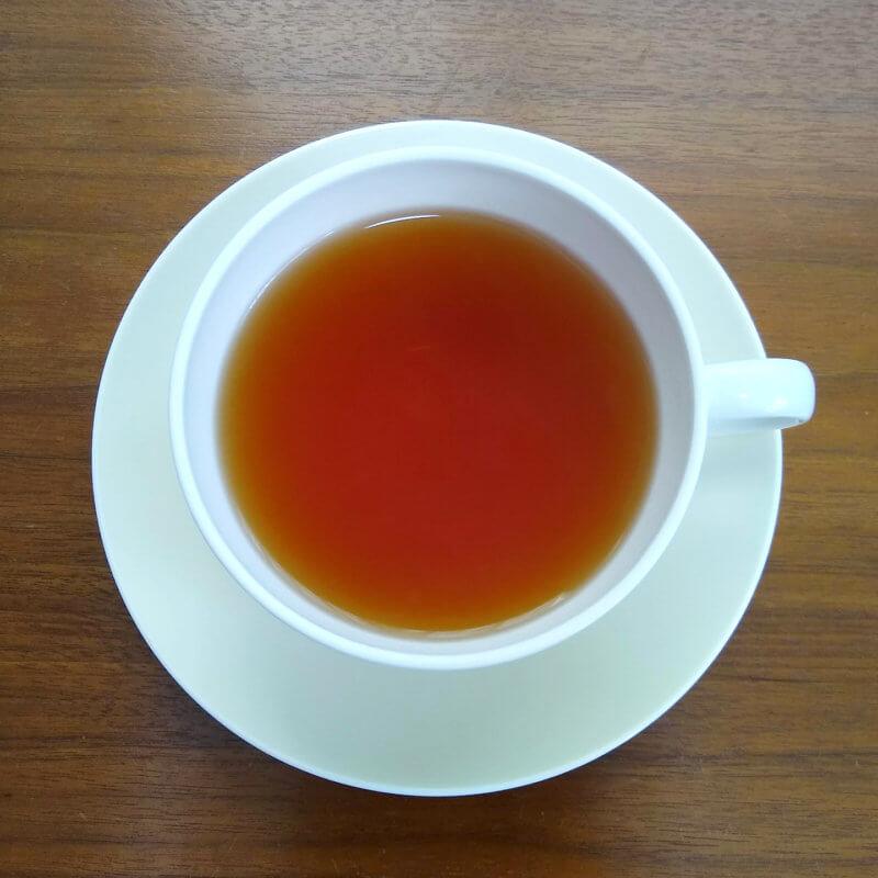 グリーンサムの魔女の紅茶・ブラックカラント ストレート水色